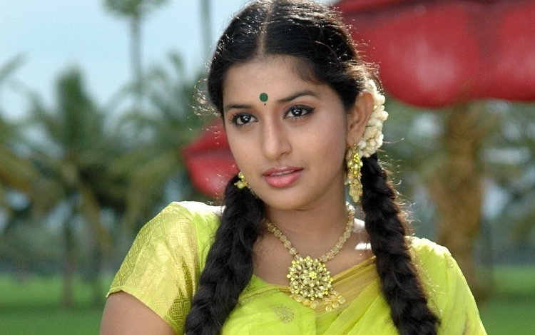 Meera Jasmine Nickname, Father name, Mother name and Family details