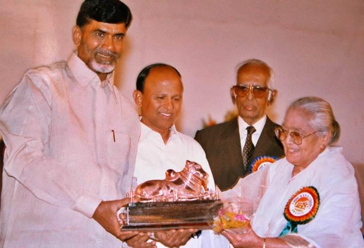 Nirmalamma Famous role and Awards Won