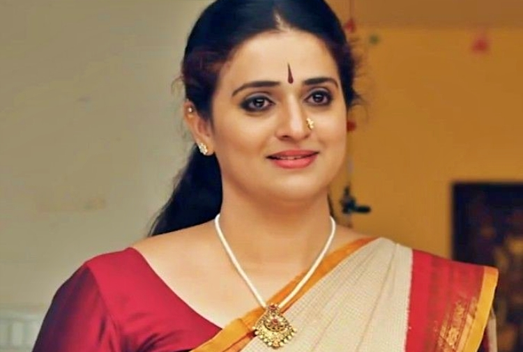 Pavitra Lokesh Favourite Film, Actor and Actress