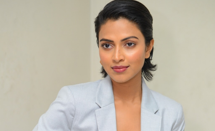 Amala Paul Date of Birth, Birth Place, Age, Sun Sign and Moon Sign