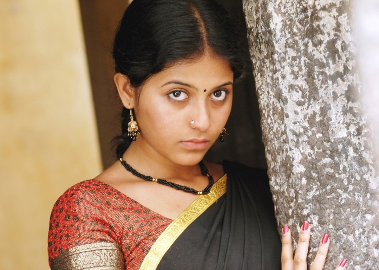 Anjali Figure, Height, Weight, Hair Colour and Eye Colour