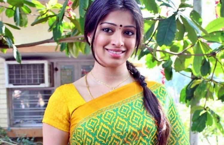 Lakshmi Rai Wiki Bio Age Husband Salary Photos Video News Ig Fb Tw