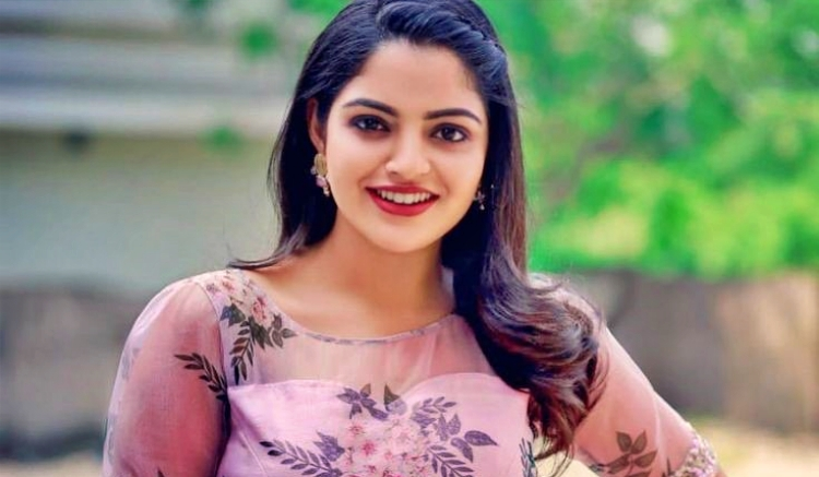 Nikhila Vimal Favourite Film, Actor and Actress