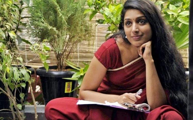 Padmapriya Janakiraman Favourite Food, Colour, Destination and Hobbies