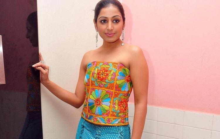 Padmapriya Janakiraman Figure, Height, Weight, Hair Colour and Eye Colour