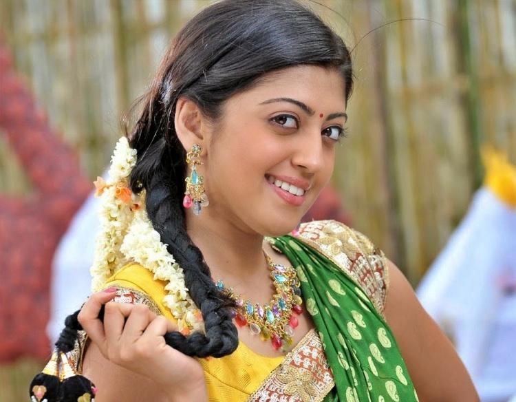 Pranitha Subhash Nickname, Father name, Mother name and Family details