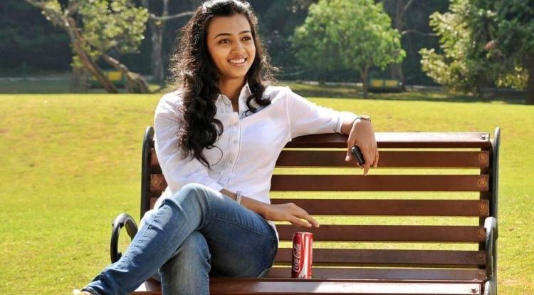 Radhika Apte Wiki and Biography