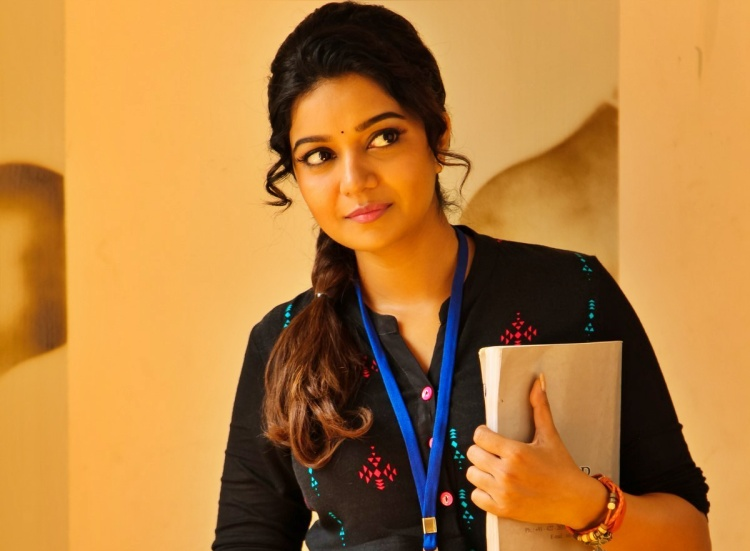 Swathi Reddy Wiki Bio Age Husband Salary Photos Video News Ig Fb Tw