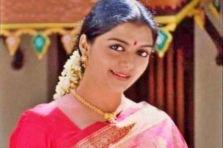Bhanupriya Wiki Bio Age Husband Salary Photos Video News Ig Fb Tw