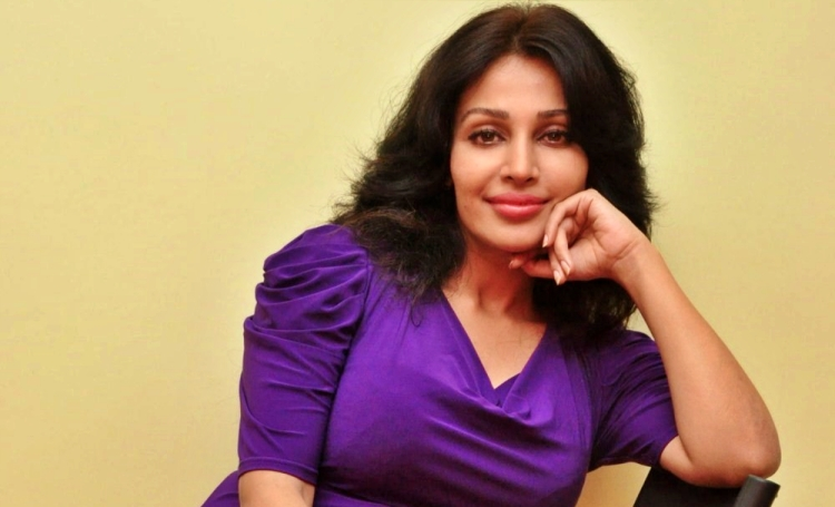 Flora Saini Date of Birth, Birth Place, Age, Sun Sign and Moon Sign