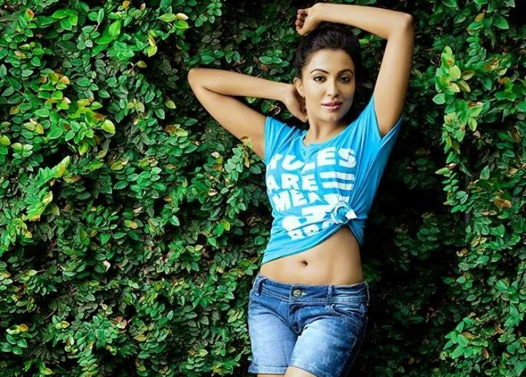Parvatii Nair Salary, Net worth and Remuneration