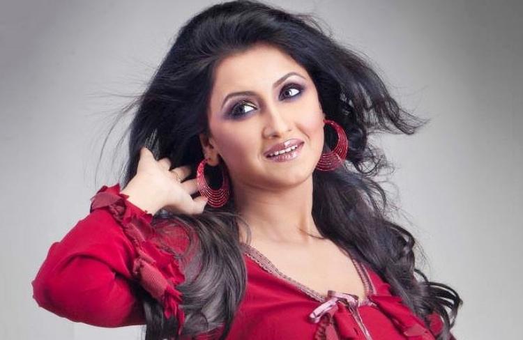 Rachana Banerjee Figure, Height, Weight, Hair Colour and Eye Colour