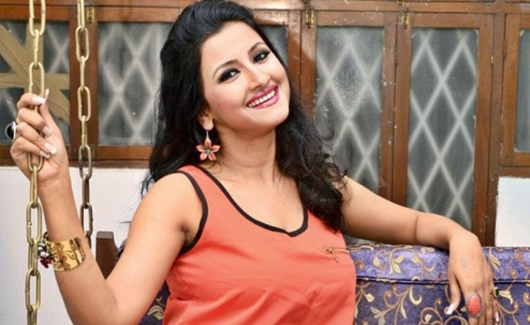 Rachana Wiki Bio Age Husband Salary Photos Video News Ig Fb Tw
