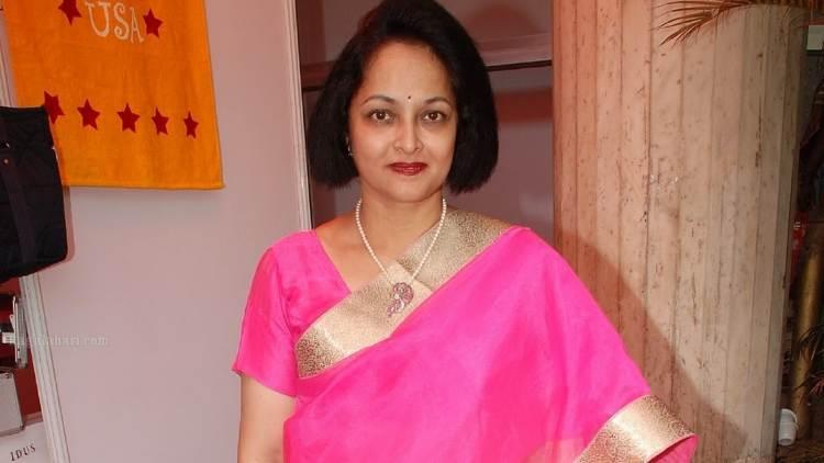 Rajani Wiki Bio Age Husband Salary Photos Video News Ig Fb Tw