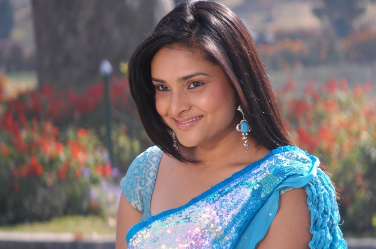 Ramya Date of Birth, Birth Place, Age, Sun Sign and Moon Sign