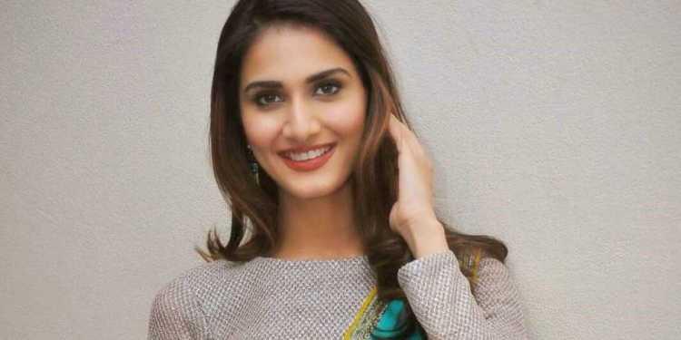 Vaani Kapoor Wiki Bio Age Husband Salary Photos Video News Ig Fb Tw