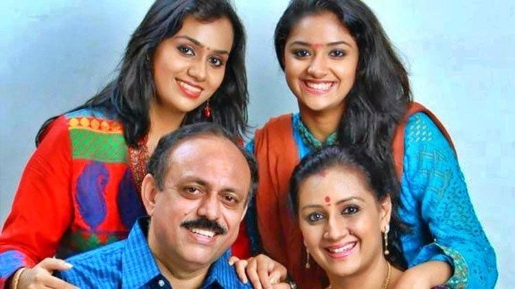 Menaka Sureshkumar Nickname, Father name, Mother name and Family details
