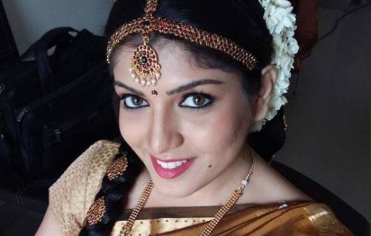 Papri Ghosh Figure, Height, Weight, Hair Colour and Eye Colour