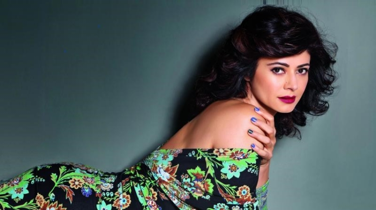 Pooja Batra Figure, Height, Weight, Hair Colour and Eye Colour