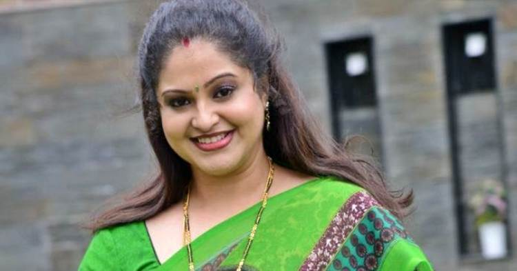 Raasi Date of Brith, Brith Place, Age, Sun Sign and Moon Sign