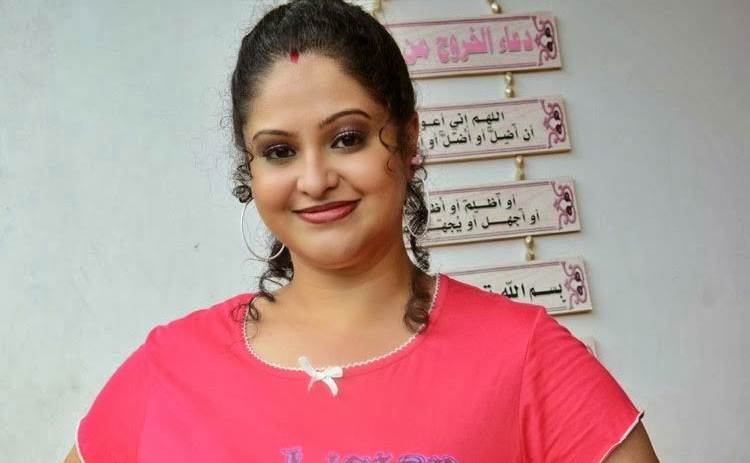 Raasi Nickname, Father name, Mother name and Family details