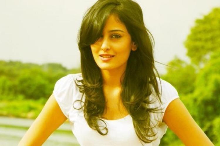Nidhi Subbaiah Favourite Film, Actor and Actress