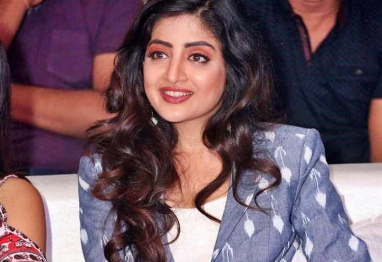 Poonam Kaur Favourite Film, Actor and Actress