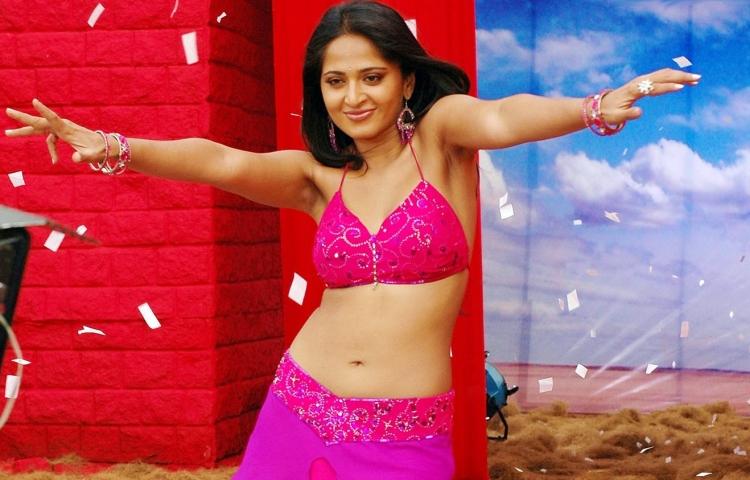 Anushka Shetty Wiki Bio Age Husband Salary Photos Videos Ig Fb Tw