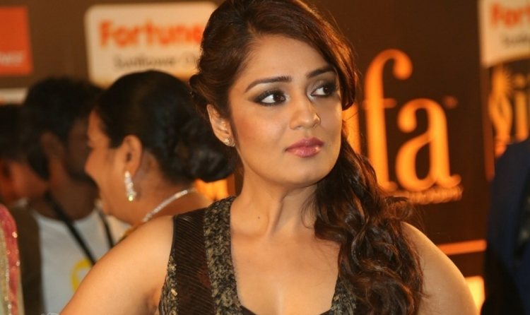 Nikita Thukral Famous role and Awards Won