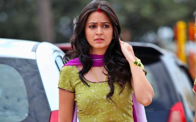 Kriti Kharbanda Favourite Film, Actor and Actress