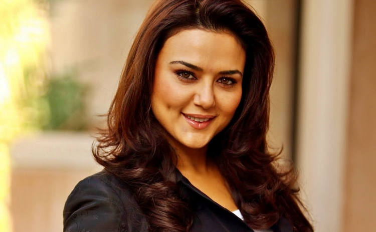Preity ZintaNickname, Father name, Mother name and Family details