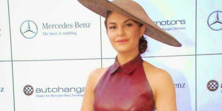 Jacqueline Fernandez Bio Age Husband Salary Photos Videos Ig Fb Tw