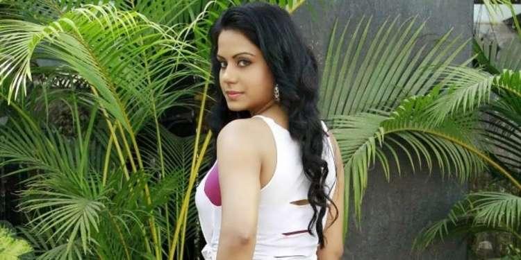 Rachana Maurya Wiki Bio Age Husband Salary Photos Videos Ig Fb Tw