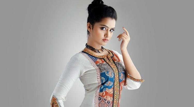 Anupama Parameswaran Favourite Food, Colour, Destination and Hobbies