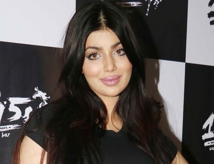Ayesha Takia Marital Status and Boyfriends