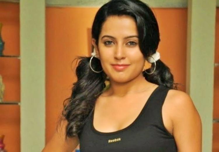 Disha Pandey Favourite Film, Actor and Actress