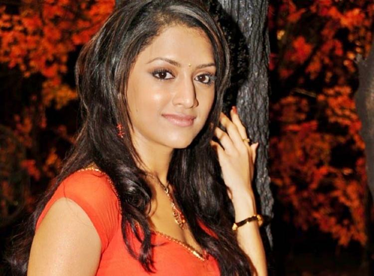 Mamtha Mohandas Famous role and Awards Won