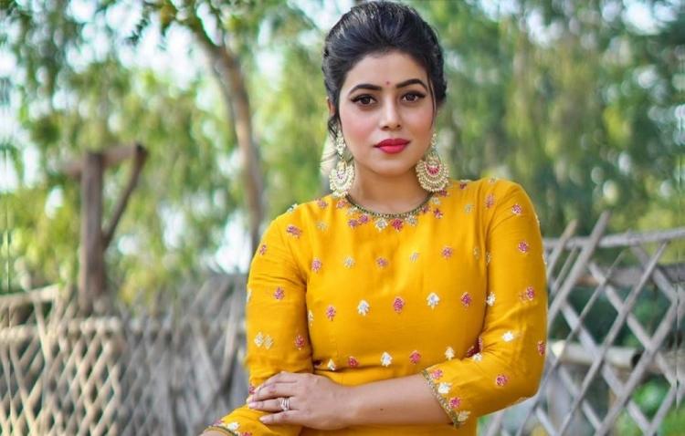 Shamna Kasim Salary, Net worth and Remuneration
