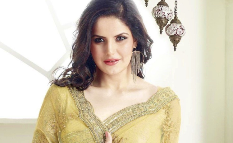 Zareen Khan Date of Birth, Birth Place, Age, Sun Sign and Moon Sign