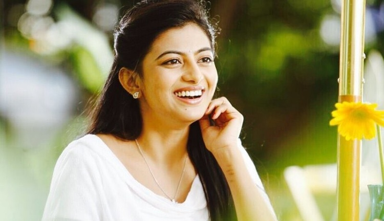 Anandhi Favourite Film, Actor and Actress