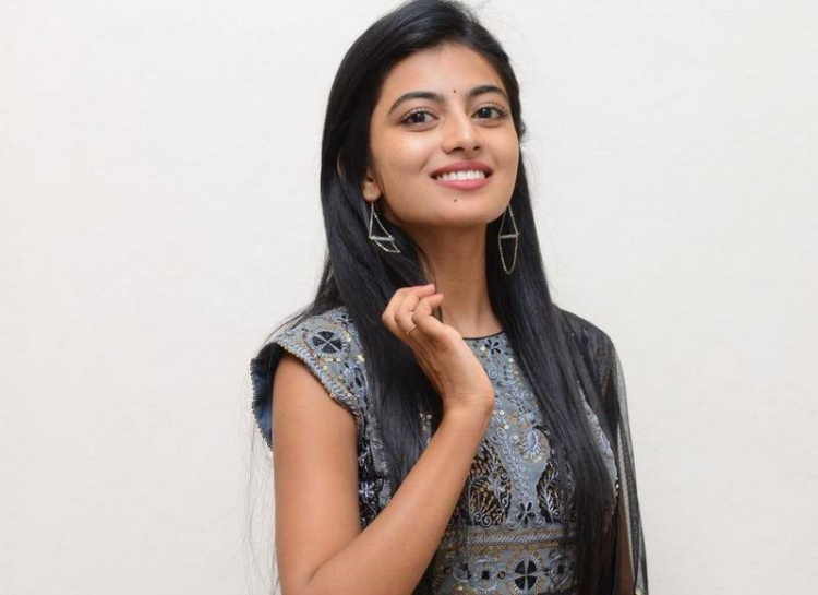 Anandhi Figure, Height, Weight, Hair Colour and Eye Colour
