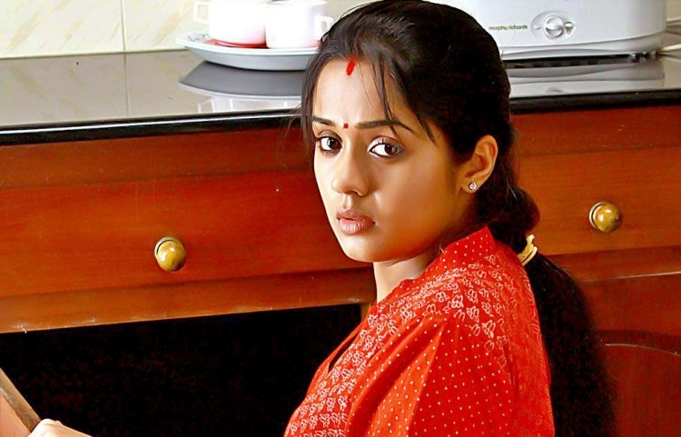 Ananya Figure, Height, Weight, Hair Colour and Eye Colour