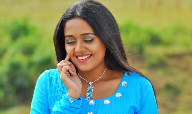 Ananya Salary, Net worth and Remuneration
