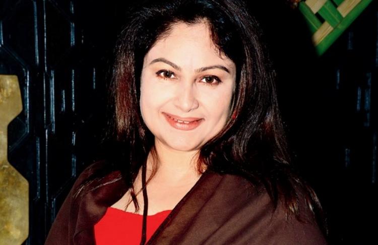 Ayesha Jhulka Figure, Height, Weight, Hair Colour and Eye Colour