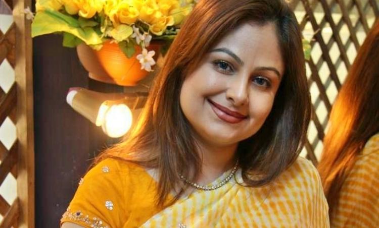 Ayesha Jhulka Wiki and Biography