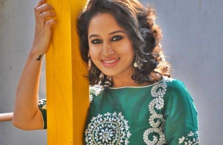 Pooja Ramachandran Bio Age Husband Salary Photos Videos Ig Fb Tw