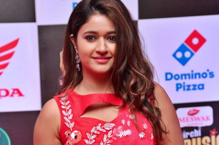 Poonam Bajwa Figure, Height, Weight, Hair Colour and Eye Colour