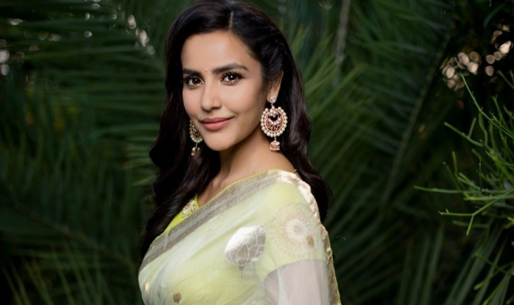 Priya Anand Favourite Film, Actor and Actress