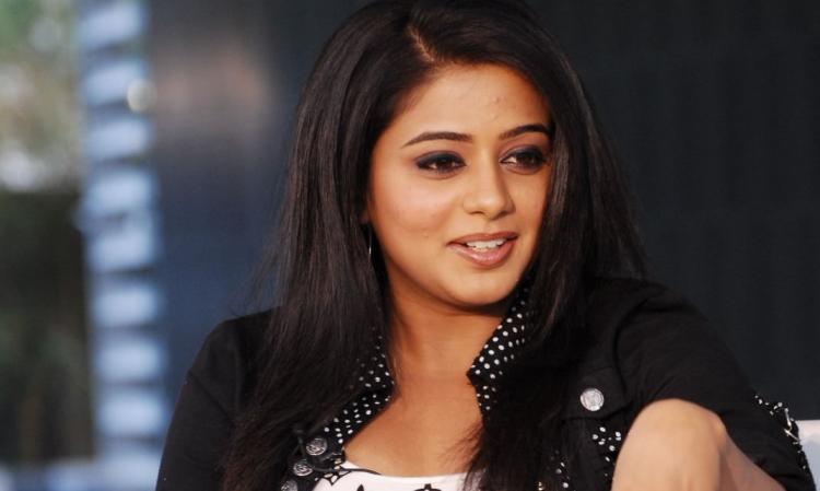 Priyamani Favourite Film, Actor and Actress