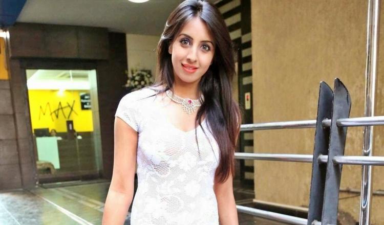 Sanjjanaa Galrani Salary, Net worth and Remuneration